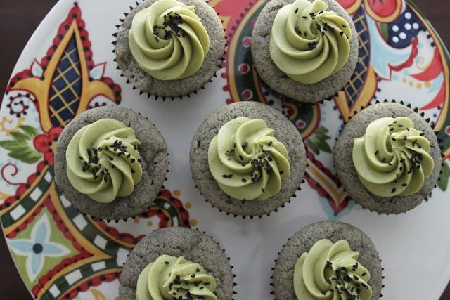 Black Sesame Cupcakes with Matcha Cream Frosting