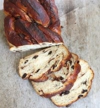 braided cinnamon raisin bread