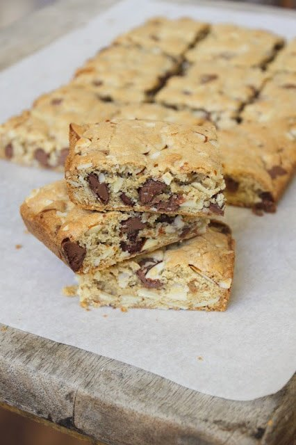 Almond Chocolate Chip Cookie Bars
