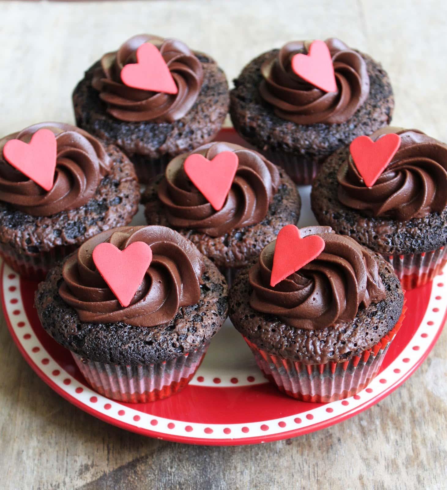Ultimate Chocolate Cupcakes- The Little Epicurean