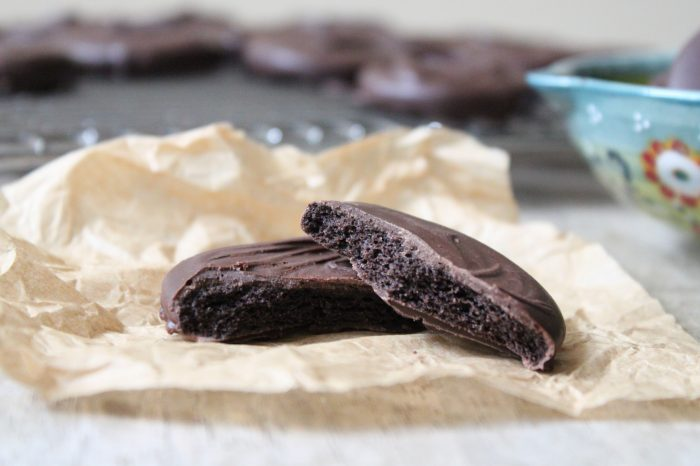 Homemade Thin Mints Cookies
