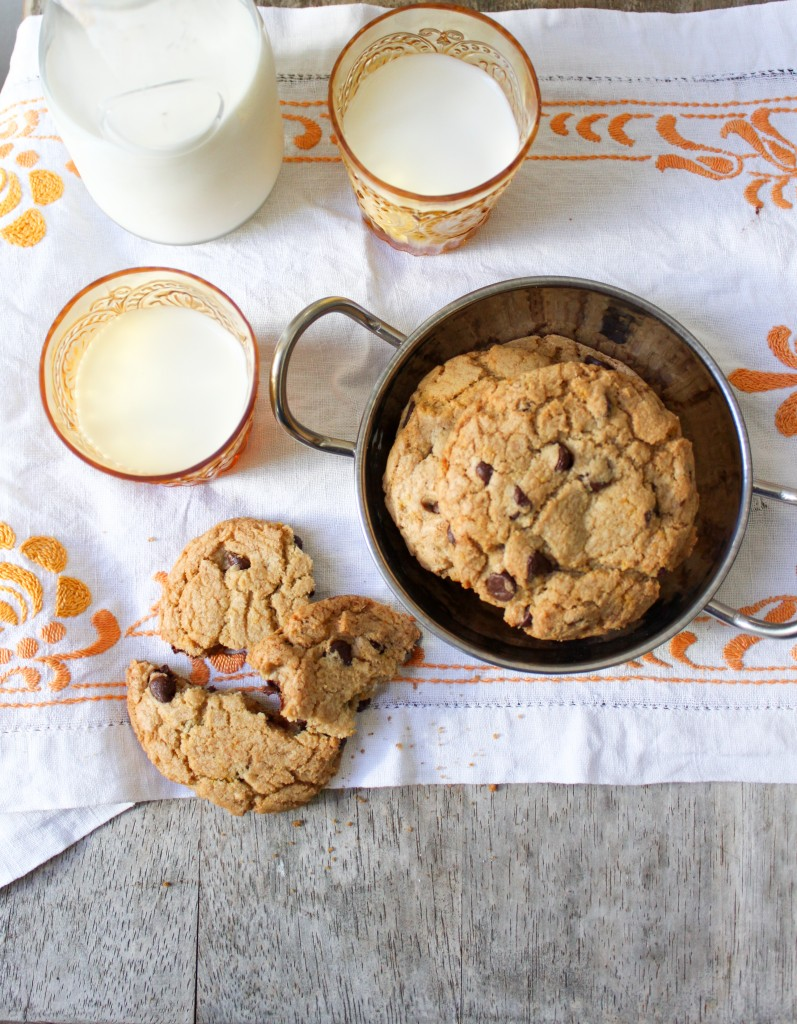chocolate chip cookies with cardamon and orange zest