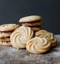 vanilla malted cookies