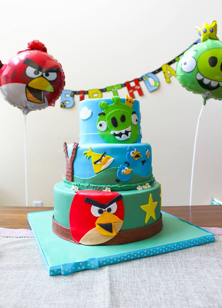 Marvelous Angry Birds Birthday Cake The Little Epicurean Funny Birthday Cards Online Overcheapnameinfo