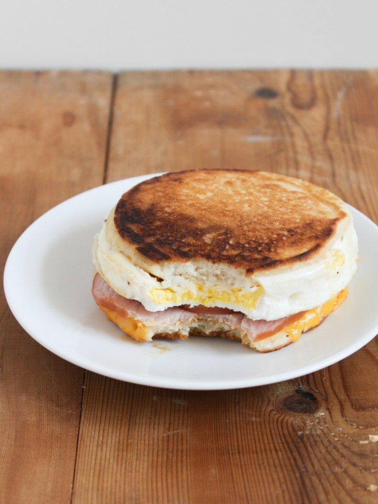 TheLittleEpicurean_breakfast sammie