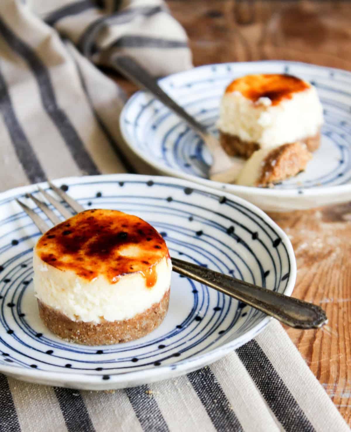 Mini Cheesecake Brûlée Bites