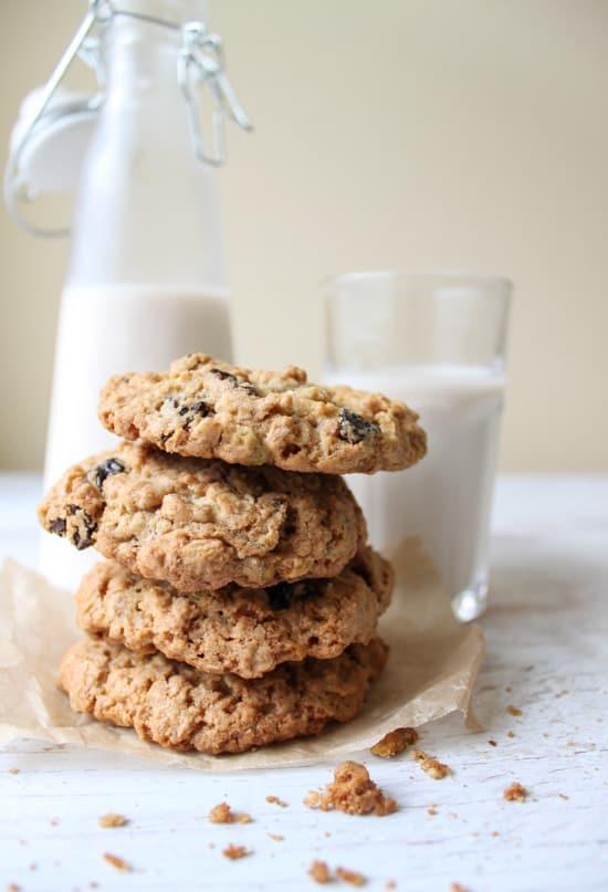 Cherry Pistachio Oatmeal Cookies