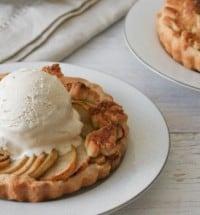 mini-apple-tart-feature