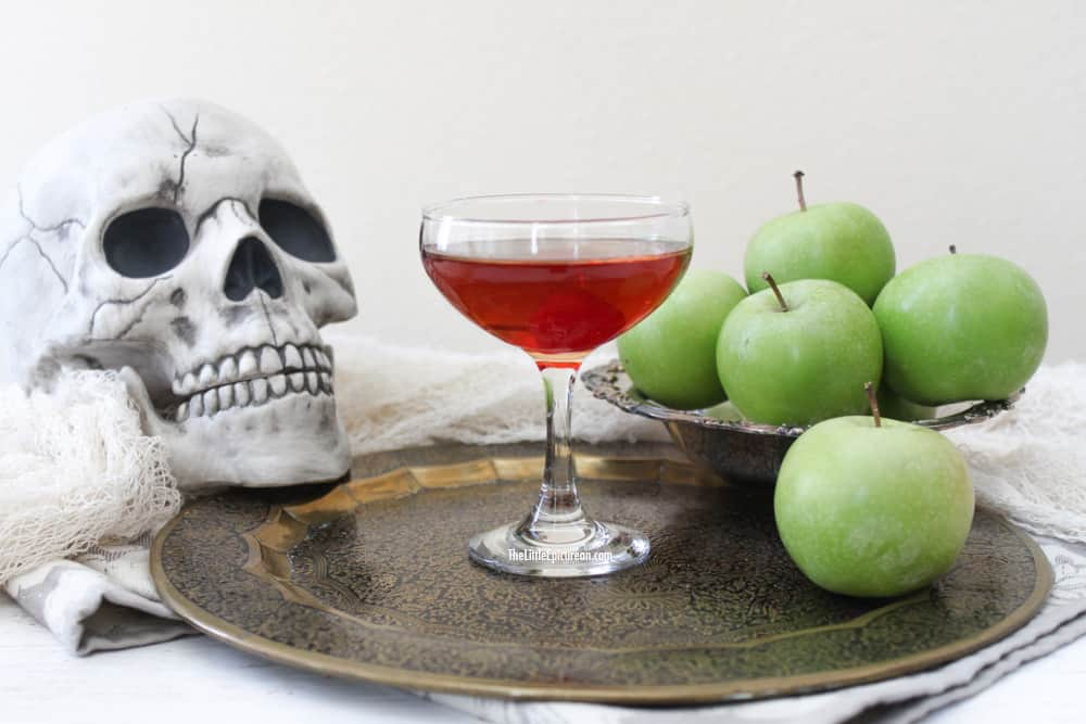 poison-apple-cocktail-1