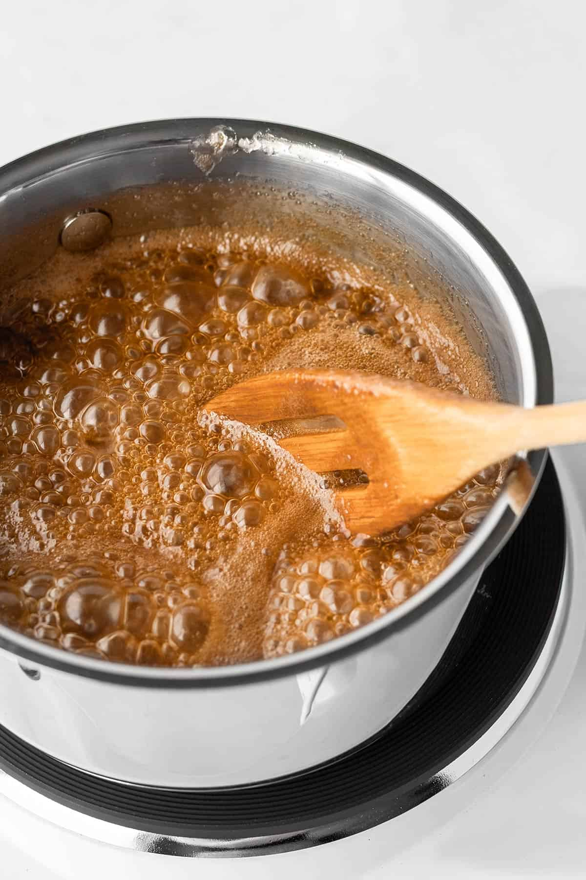 Peppermint Bark Caramel Popcorn