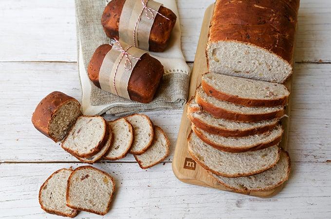 Bacon parmesan walnut bread