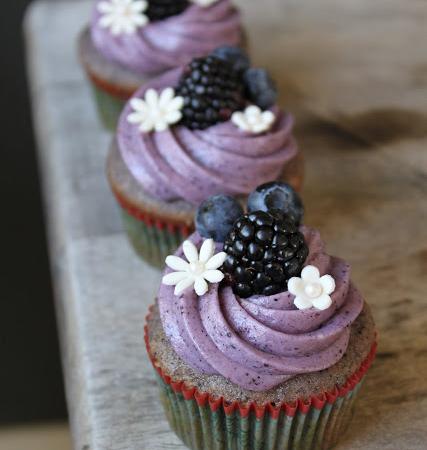 Blueberry Cupcakes | The Little Epicurean
