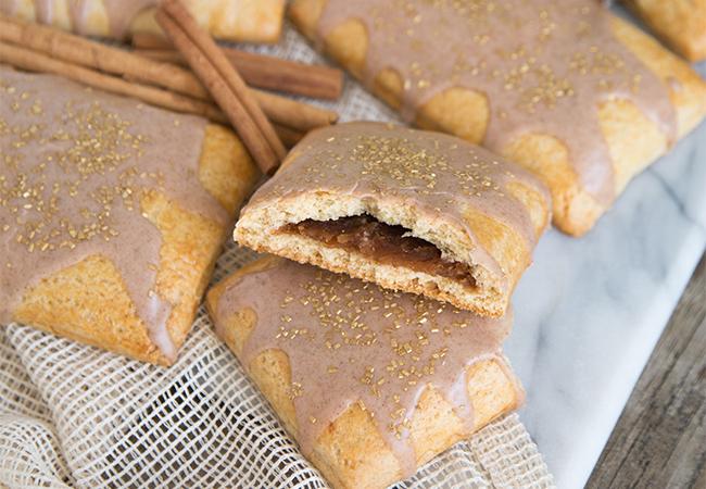 Homemade Apple Cinnamon Pop Tarts | the little epicurean