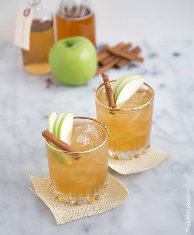 Apple Pie Moonshine Cocktail | the little epicurean