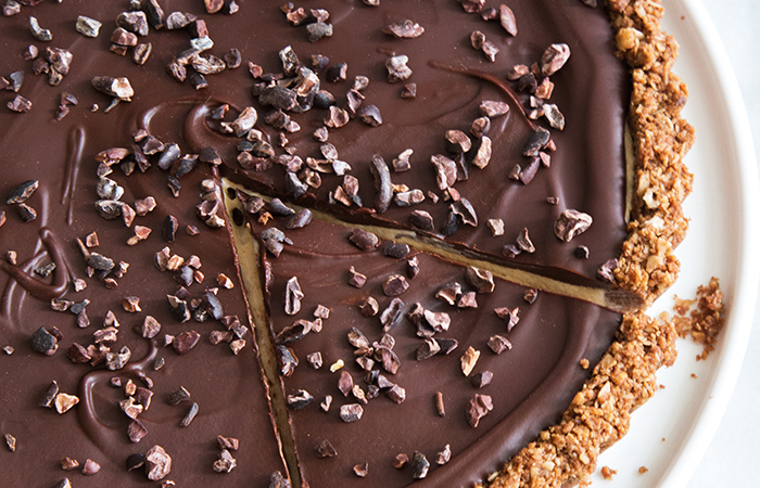 Chocolate Peanut Butter Oat Tart | the little epicurean