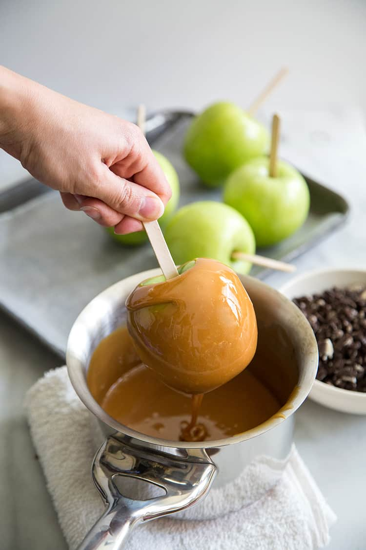 OREO Caramel Dipped Apples