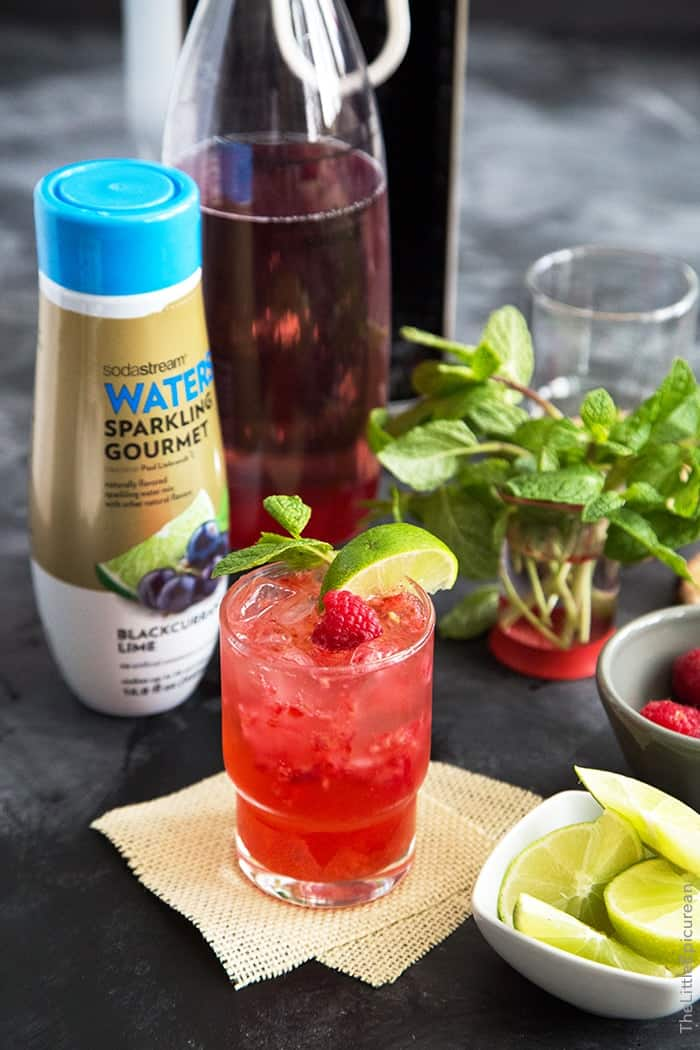 Sparkling Blackcurrant Raspberry Mocktail #WaterMadeExciting #CollectiveBias #Shop