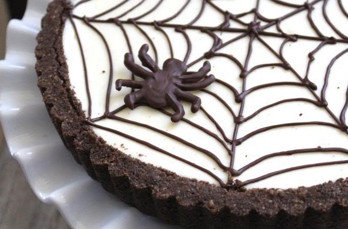 Spider Web Cheesecake Tart