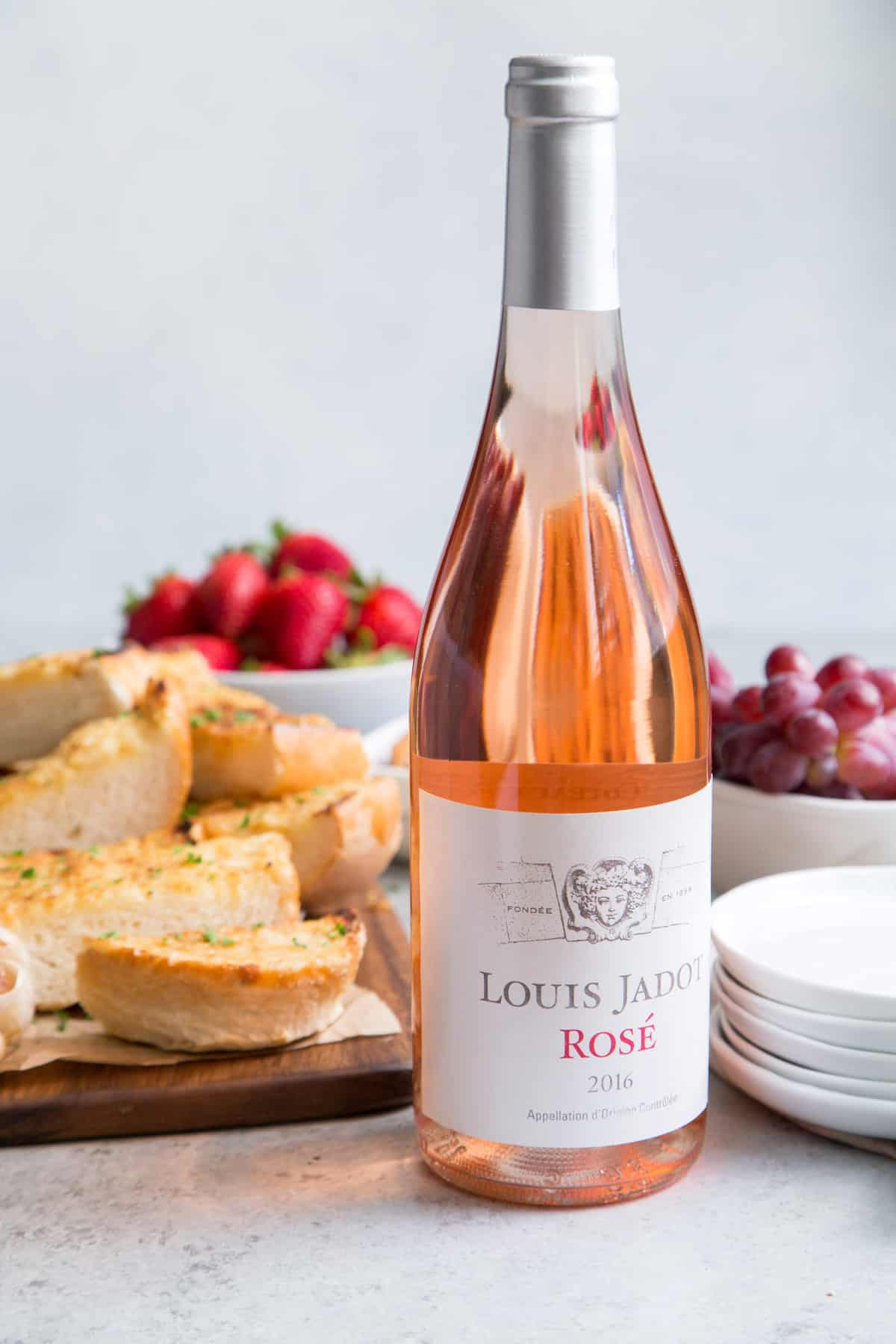 Roasted Garlic Bread with Rose Wine Pairing