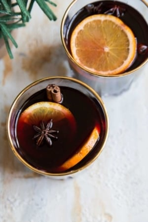 Orange Vanilla Mulled Wine