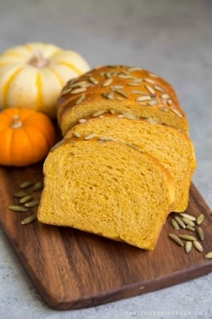 Pumpkin Sandwich Bread