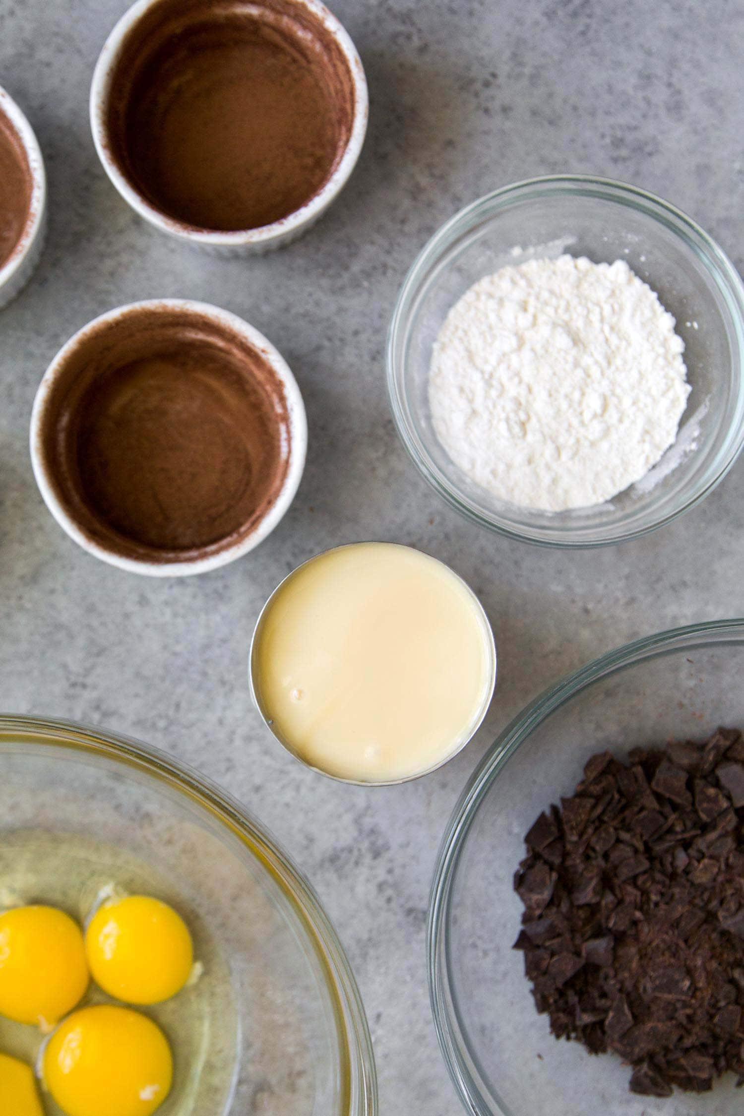 4 Ingredient Lava Cake