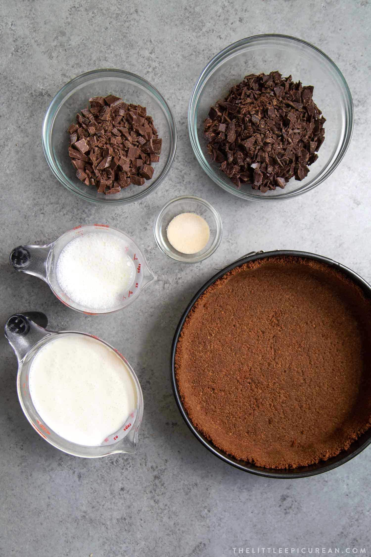 Ingredients for Chocolate Mousse Pie