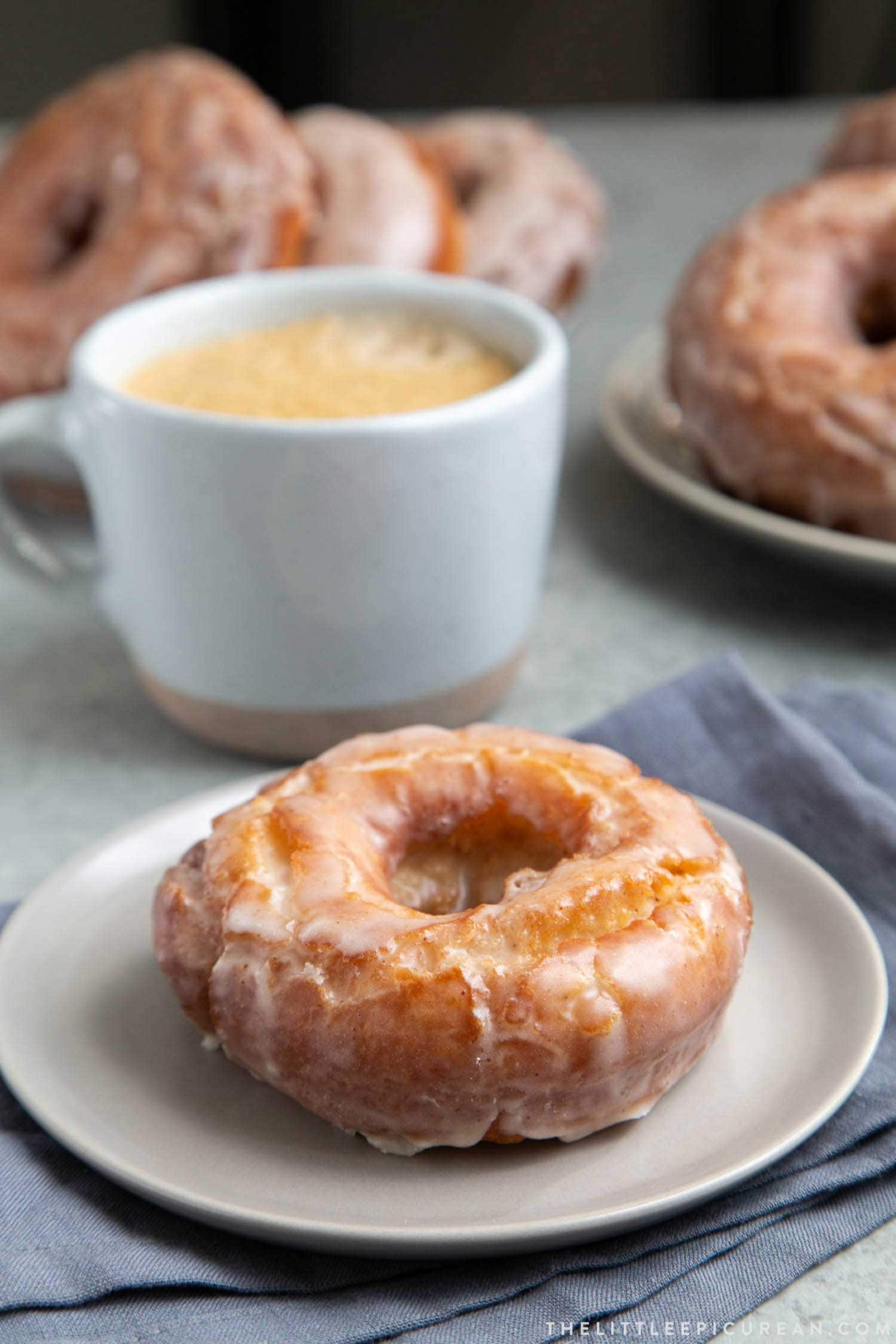 Brown Butter Glazed Old Fashioned Donuts #donuts #oldfashioned #oldfashioneddonuts #brownbutter #doughnuts