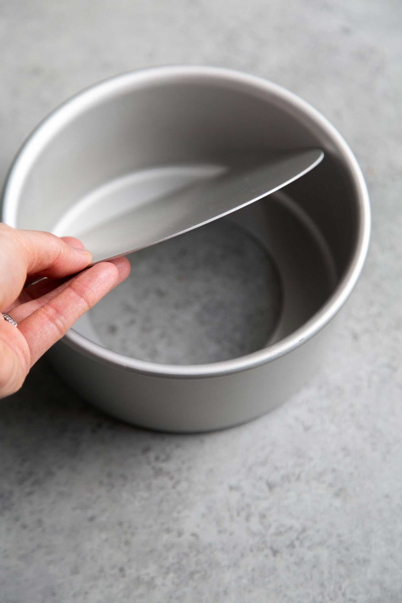6-inch round cake pan with removable bottom