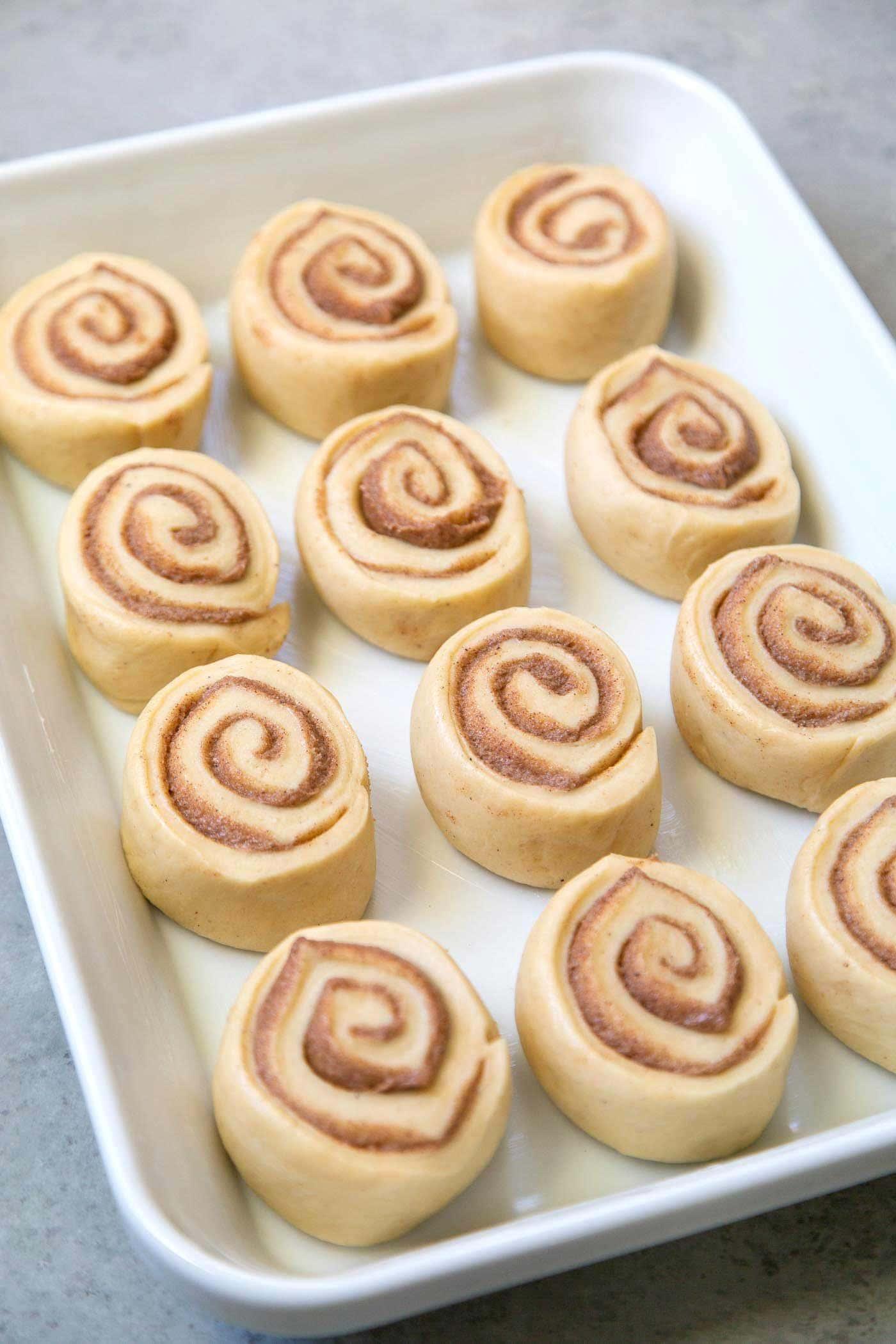 eggnog cinnamon rolls before