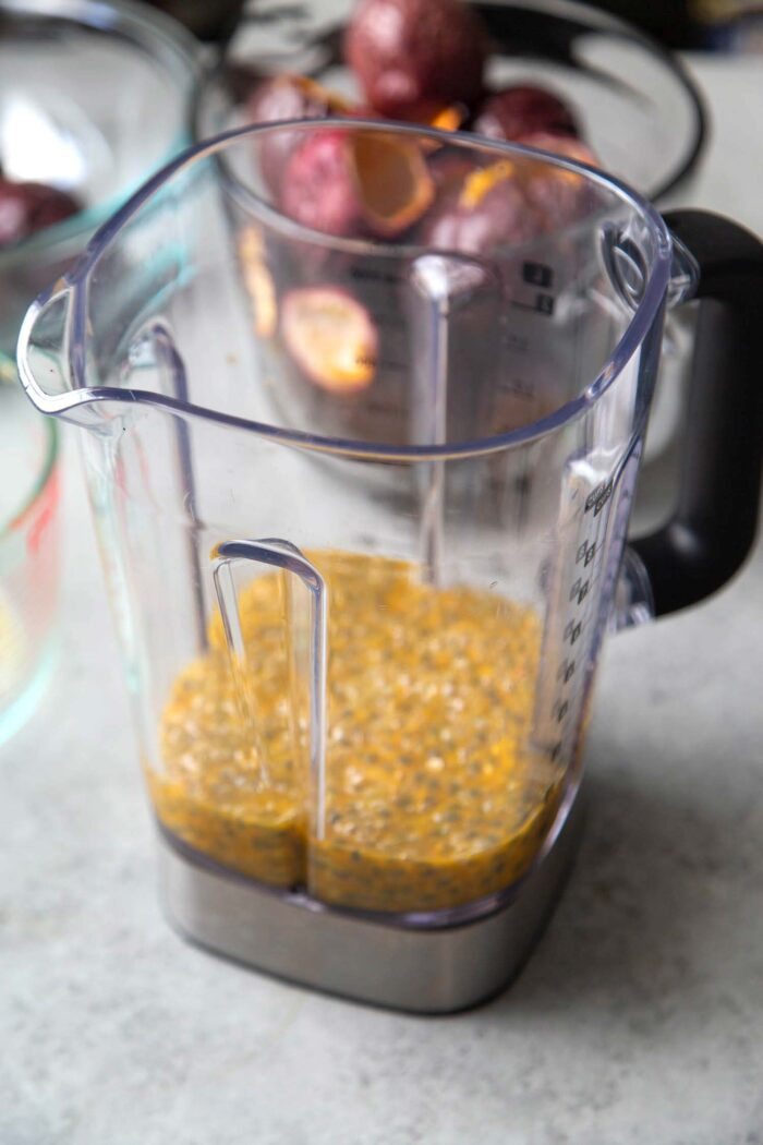 How to make passion fruit juice in blender